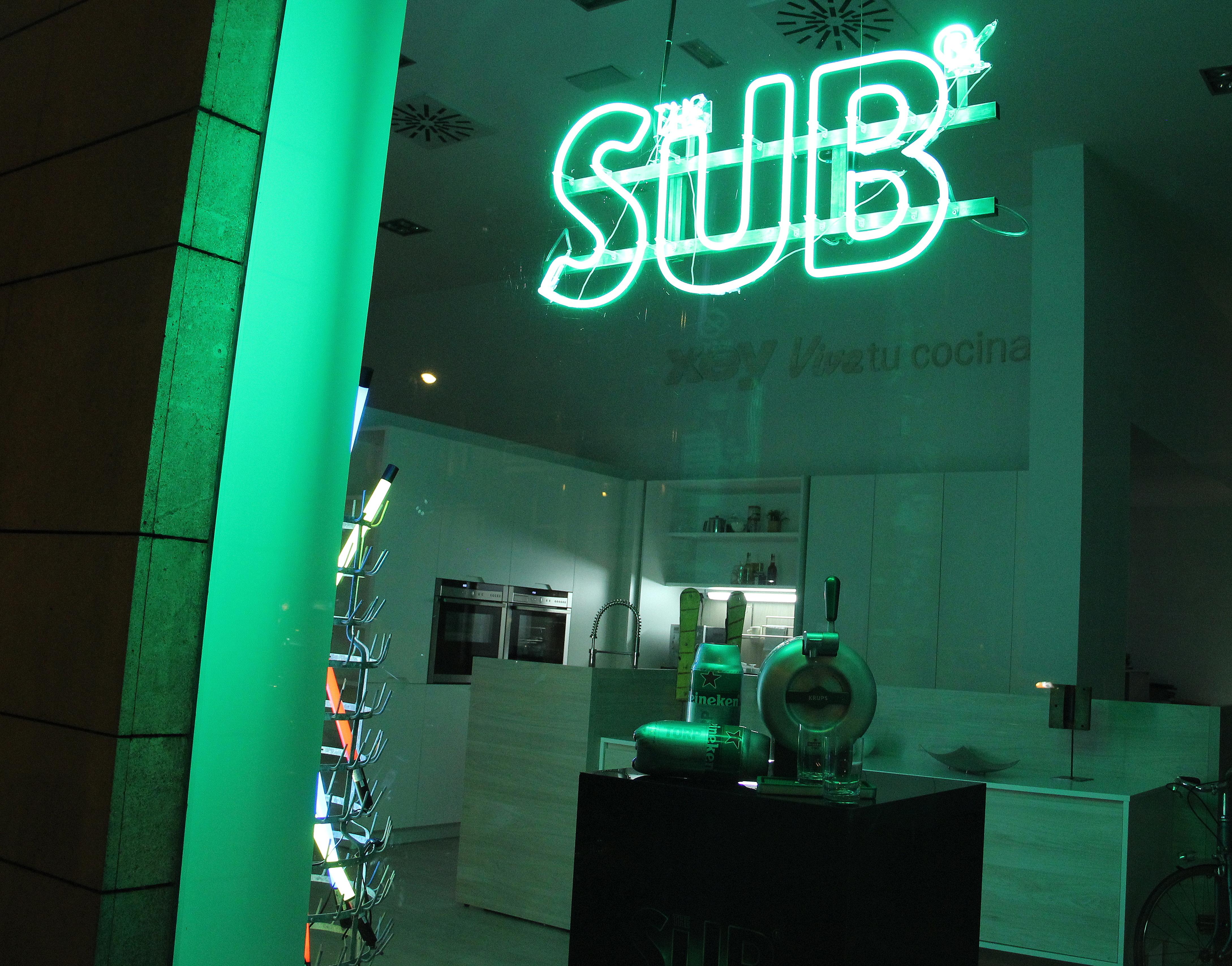 Heineken luz verde a la creatividad - Anos luz castellana ...