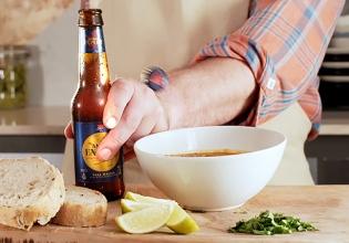 ámbar, cena, cerveza, cocina, gastronomía, pollo