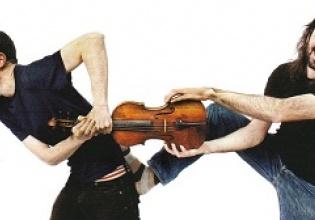 Clavijo y Fernández Fernández  en una imagen promocional