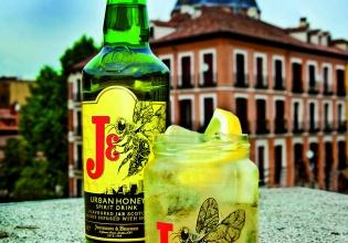 J&B. Urban Honey