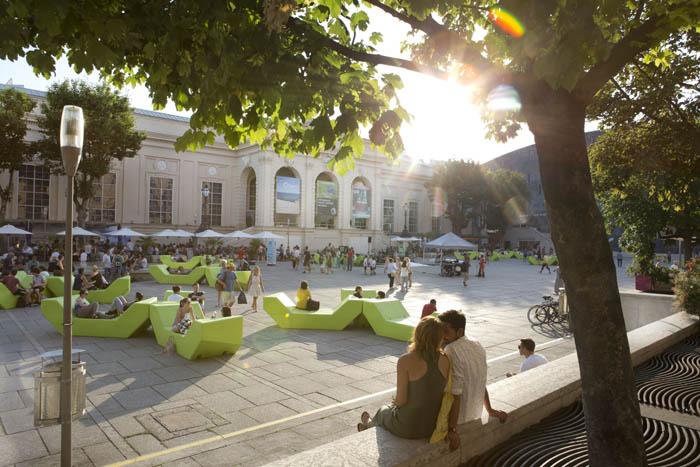 Patio de  MuseumsQuartier Foto: Udo Titz